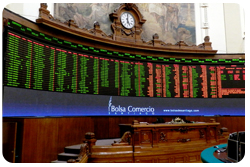 Chile: Santiago Stock Exchange upgrades its trading floor with a modern display solution